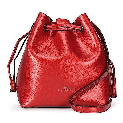 COACH 馬車LOGO素面金屬光感輕盈皮革抽繩束口斜背水桶包-紅色