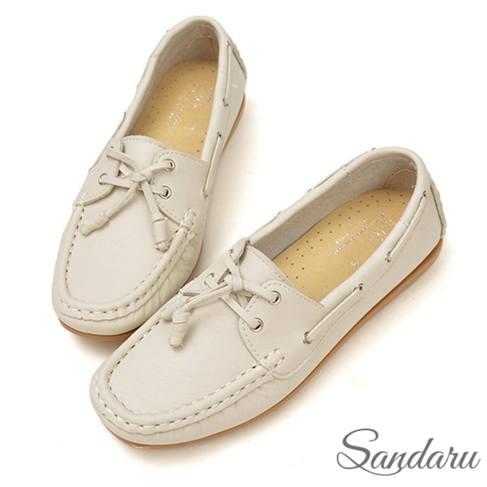 山打努SANDARU-全真皮柔軟車線綁結豆豆鞋-米白 (米白)
