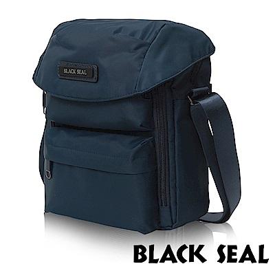 福利品 BLACK SEAL 經典休旅系列 多隔層收納休閒直式斜背/側背包-午夜藍