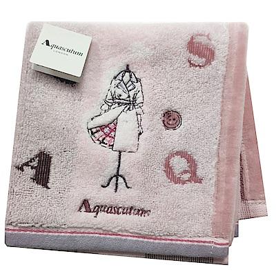 Aquascutum 經典品牌風衣圖騰字母LOGO刺繡小方巾(粉紅系底)