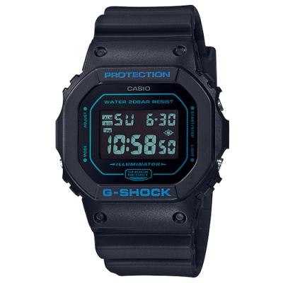 G-SHOCK 絕對強悍質感霧面黑方形電子錶-藍字(DW-5600BBM-1)/42.8mm