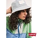 Levis 女款 風衣外套 寬鬆落肩版型 刺繡Serif Logo 收縮袖口 下擺