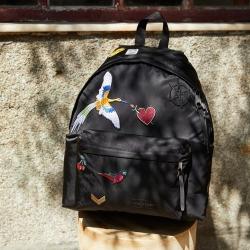 刺繡塗鴉街頭風後背包