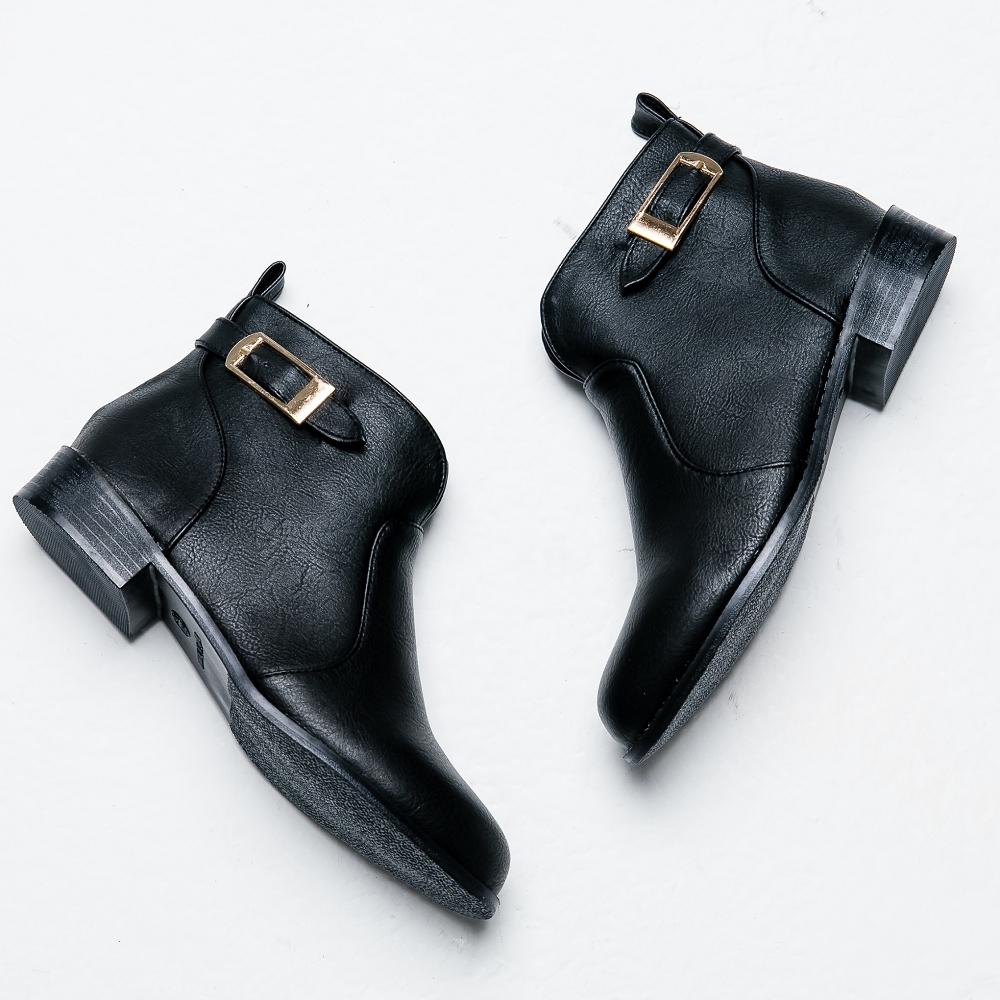 River&Moon短靴-方金扣前V口微尖頭低跟靴 黑