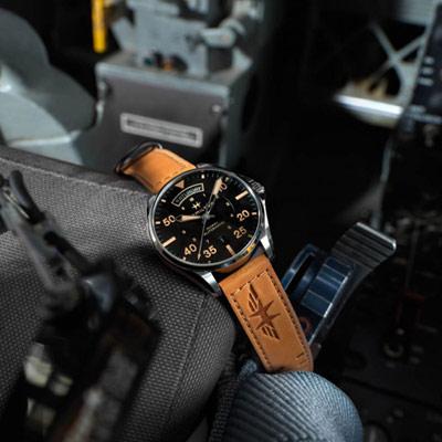 Hamilton KHAKI DAY DATE飛行機械錶(H64645531)42mm