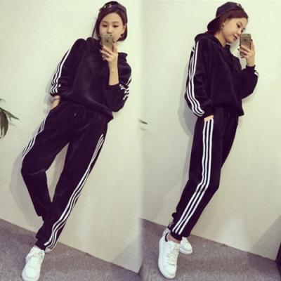 【韓國K.W.】(預購) 純真幻想顯瘦運動套裝褲