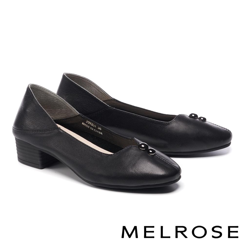 低跟鞋 MELROSE 經典質感金屬釦飾全真皮方頭低跟鞋-黑