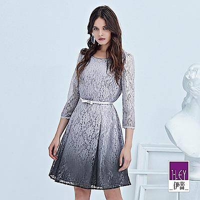 ILEY伊蕾 漸層染花朵縷空蕾絲洋裝(紫)