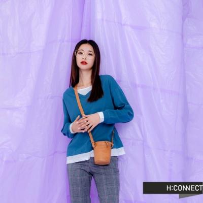H:CONNECT 韓國品牌 女裝 -層次感假兩件上衣-藍
