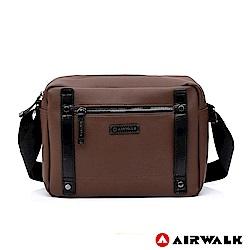 【AIRWALK】英倫風華黑金側背包-咖啡