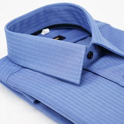 金‧安德森 藍色白條紋黑內領黑扣窄版長袖襯衫