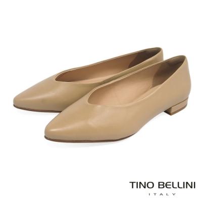 Tino Bellini巴西進口單色牛皮V口平底鞋_膚