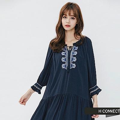 H:CONNECT 韓國品牌 女裝-民族風刺繡綁結洋裝-藍