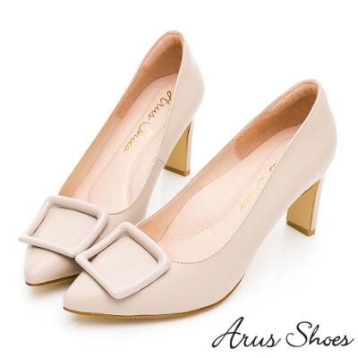 GDC-歐美質感裸系真皮方釦時尚尖頭高跟鞋-奶茶色