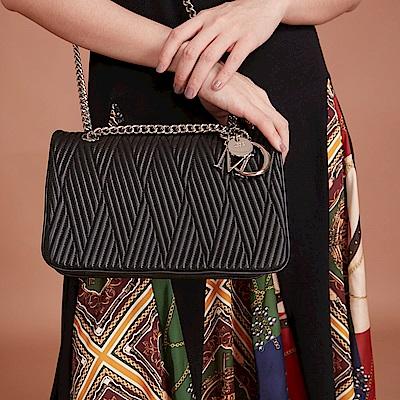 Maria Carla手提肩背包-羊皮V線條鏈條包_完美格調、迷漾輕時尚系列(霧黑)