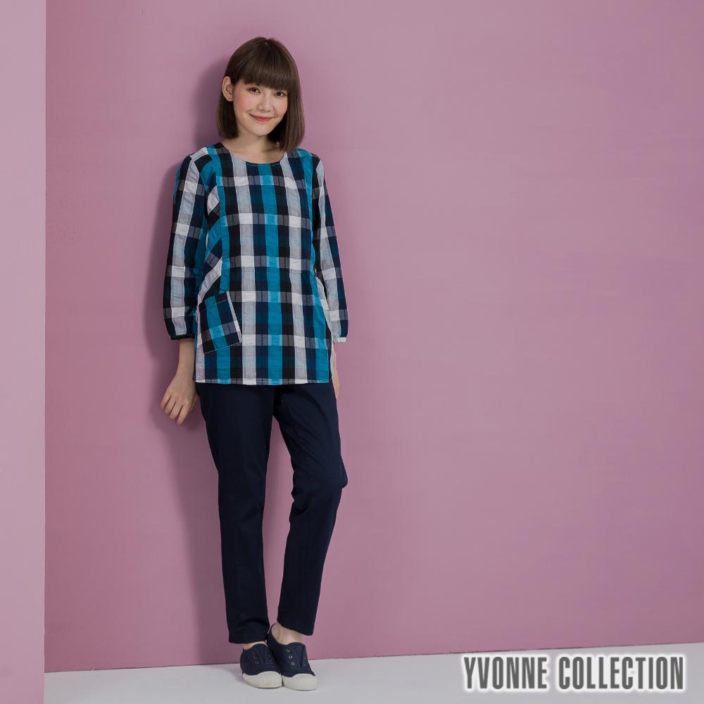 YVONNE泡泡格紋不對稱七分袖上衣- 深藍