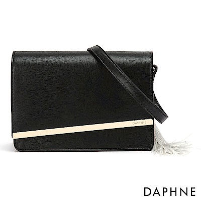 達芙妮DAPHNE-性感鍊帶流蘇掀蓋小方包-黑色