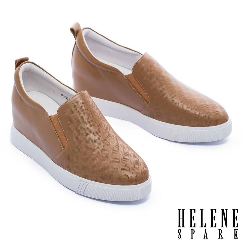 休閒鞋 HELENE SPARK 知性簡約格紋全真皮內增高厚底休閒鞋-駝