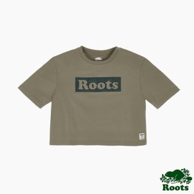 Roots女裝-曠野探索系列 Roots文字寬短版短袖T恤-灰