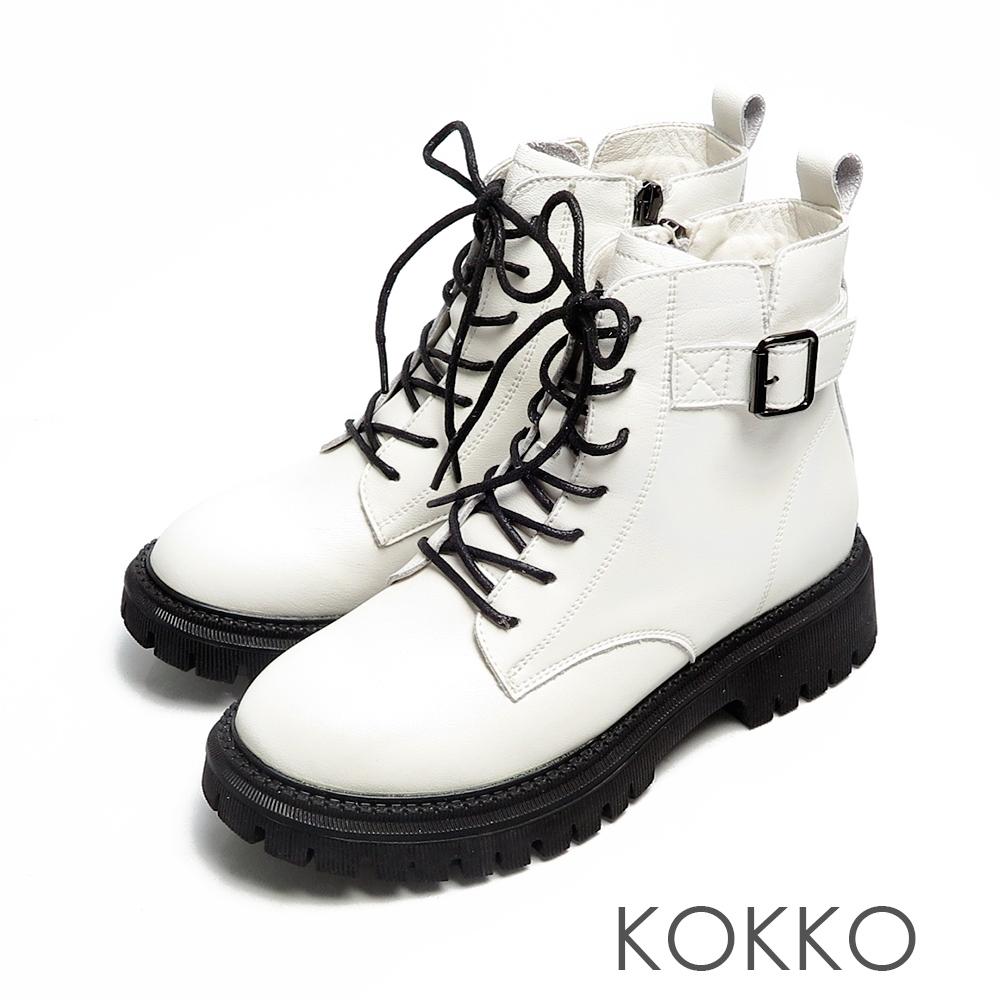 KOKKO歐美經典素面綁帶全真皮側拉鍊馬汀靴米色