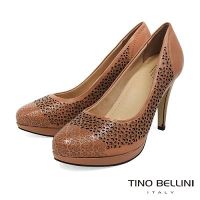 Tino Bellini巴西進口牛皮簍空雕花厚底高跟鞋_米