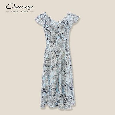 OUWEY歐薇 花卉印花荷葉剪接洋裝(藍)