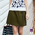 ILEY伊蕾 穿繩裝飾活片褲裙(白/綠)