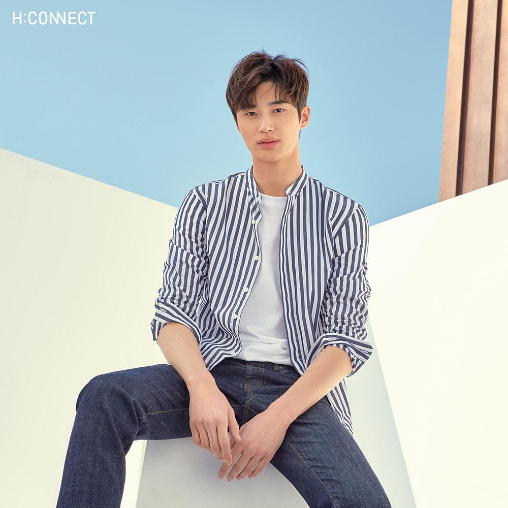 H:CONNECT 韓國品牌 男裝-素面口袋圓領T-shirt-白