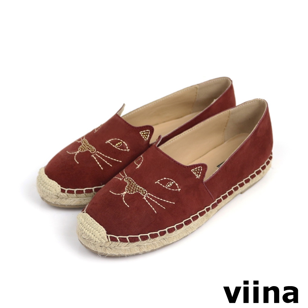 viina 絨布貓咪電繡燙鑽草編鞋 - 磚紅