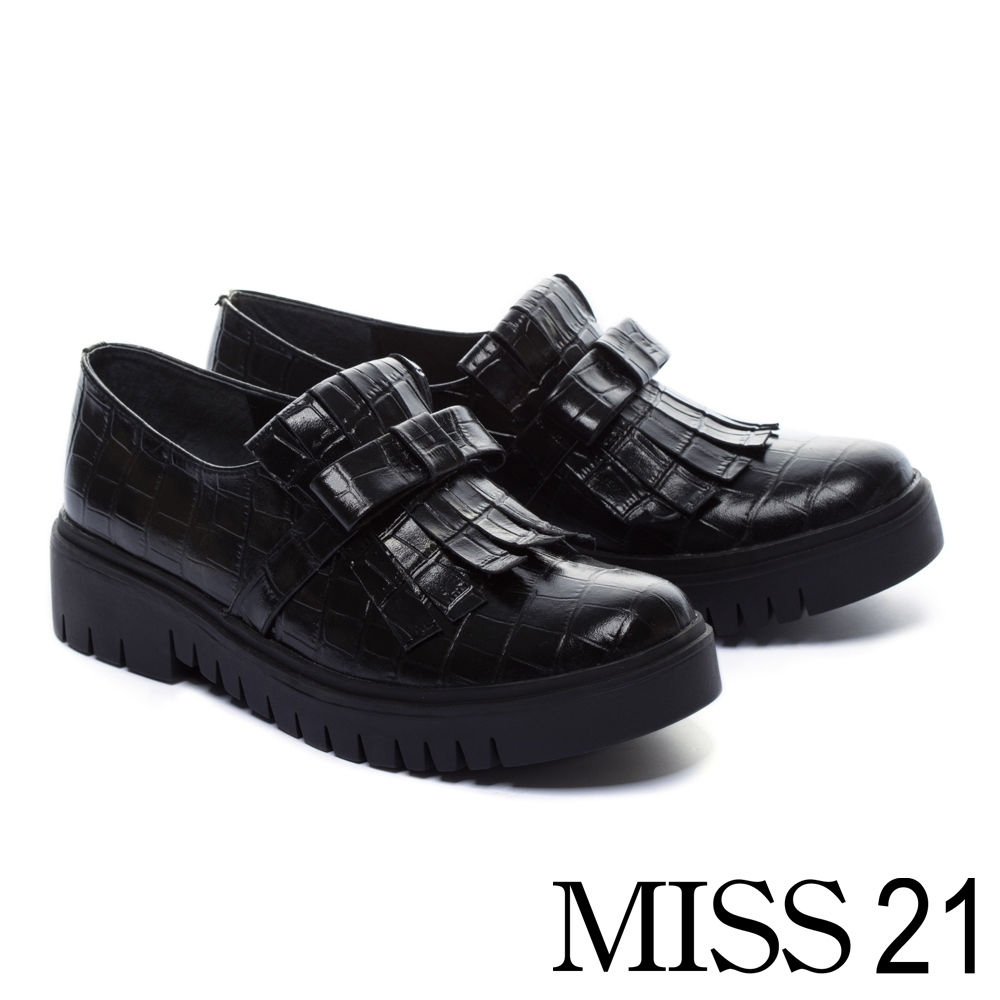 厚底鞋 MISS 21 復古文藝流蘇造型牛皮厚底鞋-黑