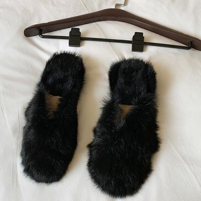 KEITH-WILL時尚鞋館-年度精選水鑽拼接絨毛拖鞋-黑色