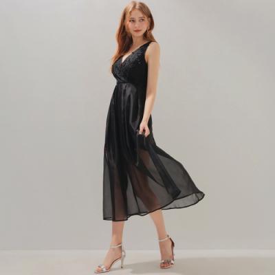 AIR SPACE V領蕾絲打褶透紗長洋裝(黑)