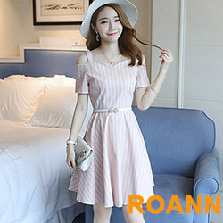 V字領條紋露肩短袖洋裝 (共二色)-ROANN