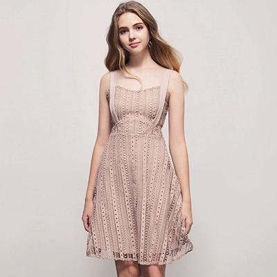 AIR SPACE 甜美寬肩帶鈎織蕾絲洋裝(粉紅)