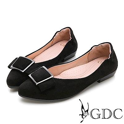 GDC-歐美質感霧面方扣後抓皺尖頭平底鞋-黑色