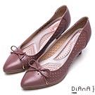 DIANA蝴蝶結鞋面尖頭洞洞舒適真皮跟鞋-漫步雲端輕盈美人-粉紫