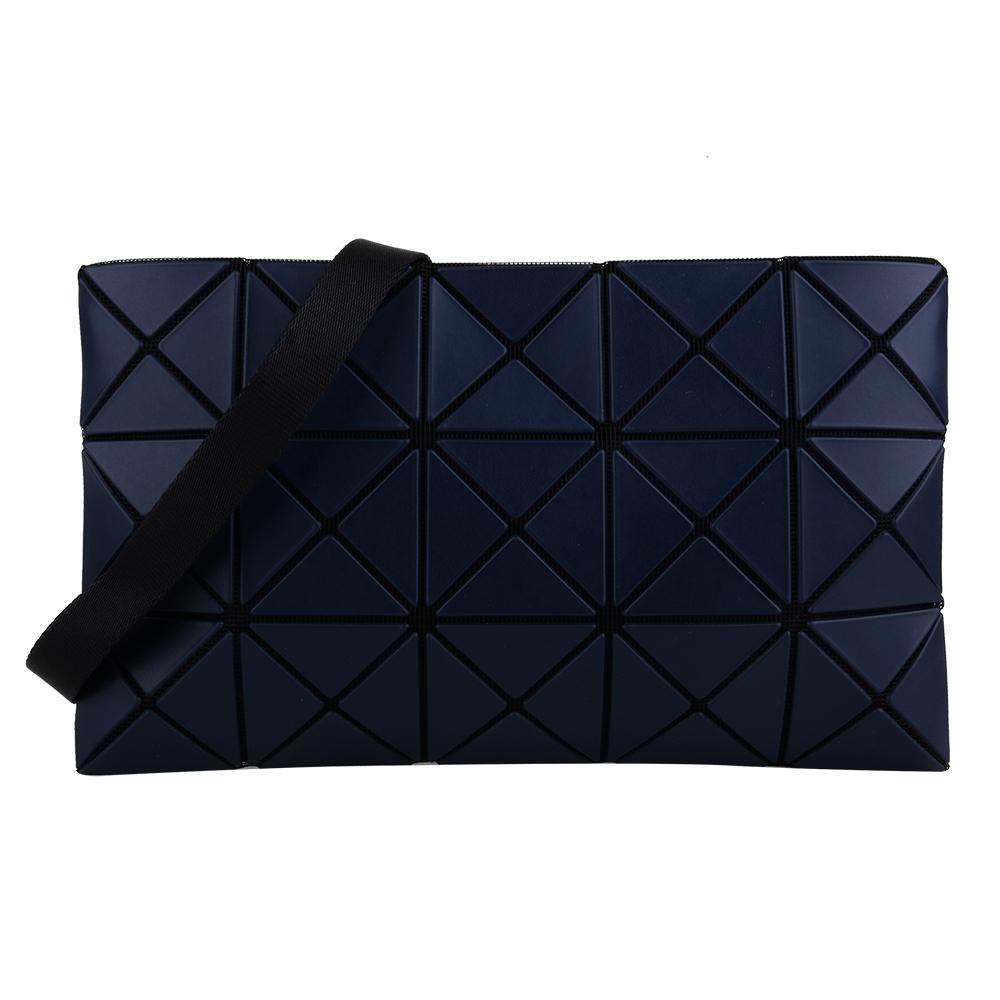 ISSEY MIYAKE  BAOBAO 透光幾何方格3x5斜背扁包(海軍藍)霧面