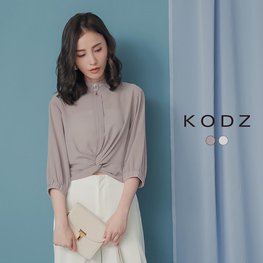東京著衣-KODZ 高雅氣質珍珠裝飾短版扭結上衣-S.M.L-(共二色)