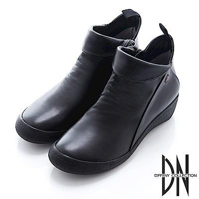 DN 漫步街頭 牛皮拼接造型平底短靴-黑