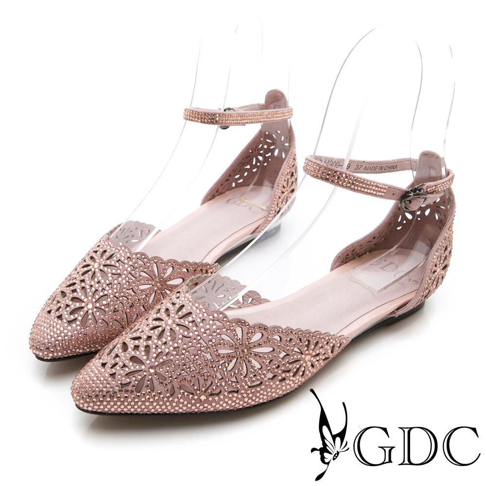 GDC-尖頭簍空水鑽甜美後包涼鞋-裸色