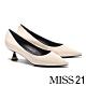 高跟鞋 MISS 21 極簡時尚液態光感尖頭高跟鞋-米 product thumbnail 1