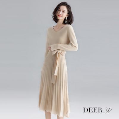 DEER.W V領百褶腰帶針織洋裝(米杏)