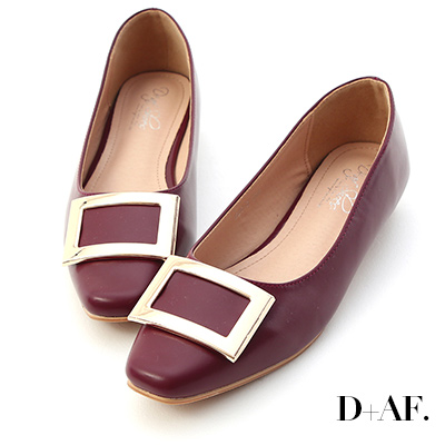 D+AF 典雅美型.大方釦微方頭娃娃鞋*酒紅