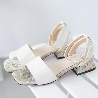 KEITH-WILL時尚鞋館 優雅羅馬魅力魚口粗跟涼鞋 白