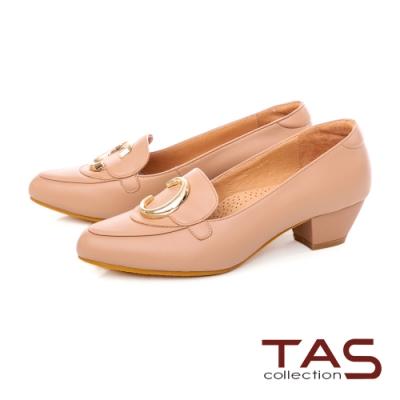 TASC字飾釦羊皮樂福粗跟鞋-質感卡其