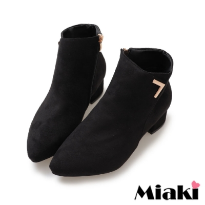Miaki-踝靴玩美穿搭粗跟尖頭短靴-黑