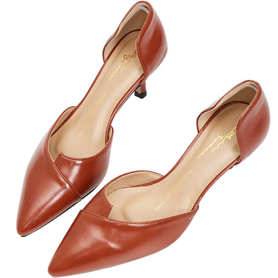 AIR SPACE 素面時尚漆皮尖頭中跟鞋(磚紅)