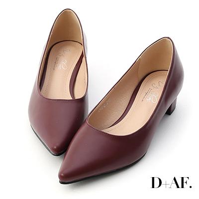 D+AF 知性簡約.素面顯瘦尖頭中跟鞋*酒紅