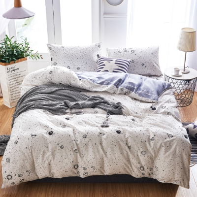 A-ONE 100%純棉-黑白E系列-加大床包/枕套組-小小星球