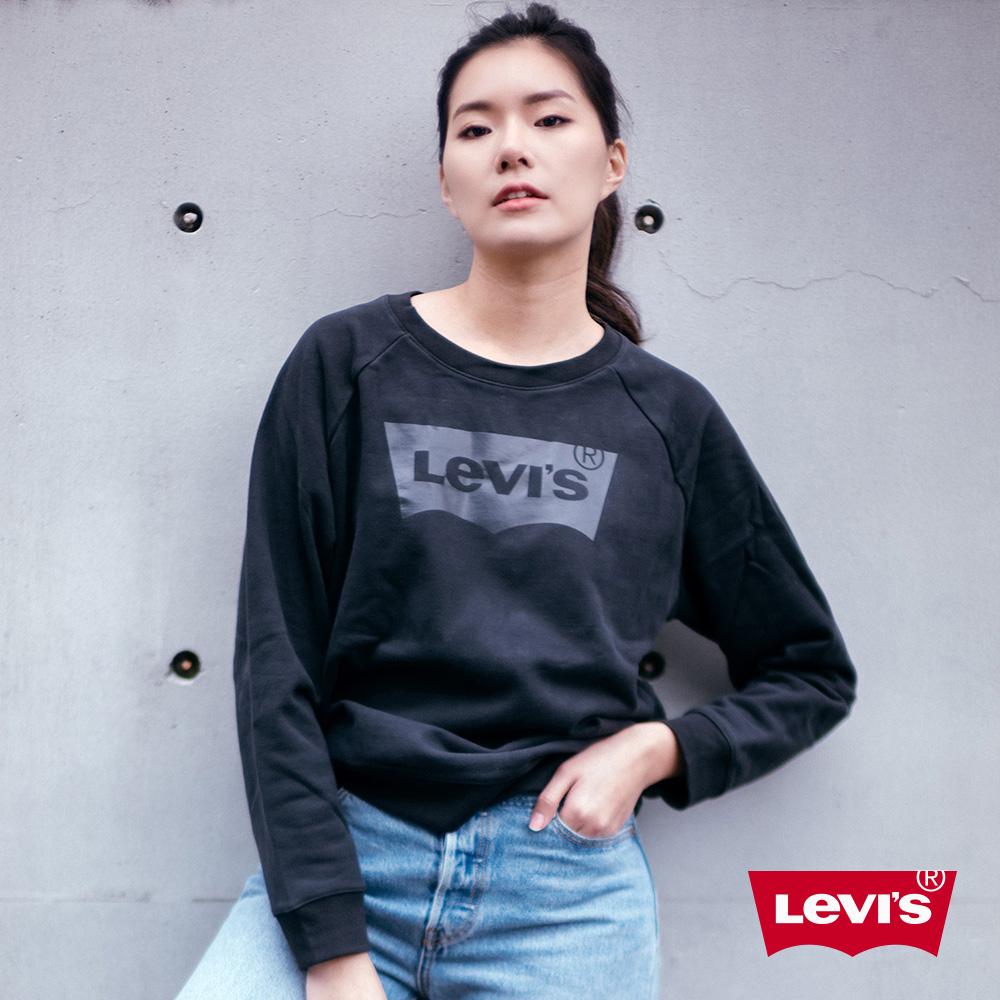 Levis 女款 重磅大學T 全一色亮面膠印Logo 寬鬆休閒版型